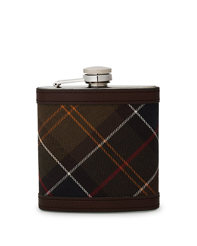 Barbour Lifestyle Classic Hip Flask Brown i gruppen Assesoarer hos Care of Carl (10050710)