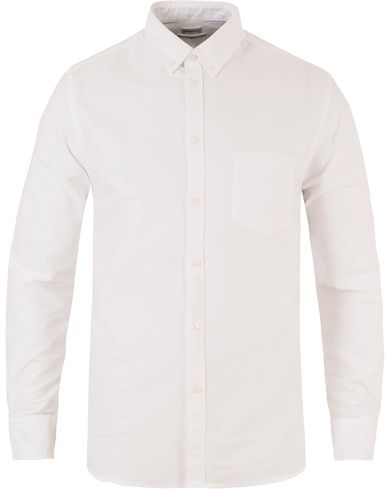Filippa K Paul Button Down Oxford Shirt White i gruppen Klassikere / Buttondown-skjorter hos Care of Carl (10337411r)
