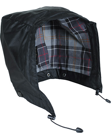 Barbour Lifestyle Waxed Cotton Hood Black i gruppen Klær / Jakker / Tilbehør jakker hos Care of Carl (10534310)