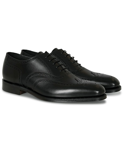 Loake 1880 Buckingham Brogue Black Calf i gruppen Sko / Brogues hos Care of Carl (10629411r)
