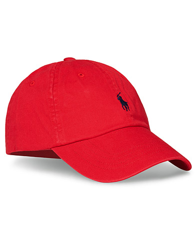 Polo Ralph Lauren Classic Sports Cap Red  i gruppen Assesoarer / Hatter & capser / Caps hos Care of Carl (10994310)