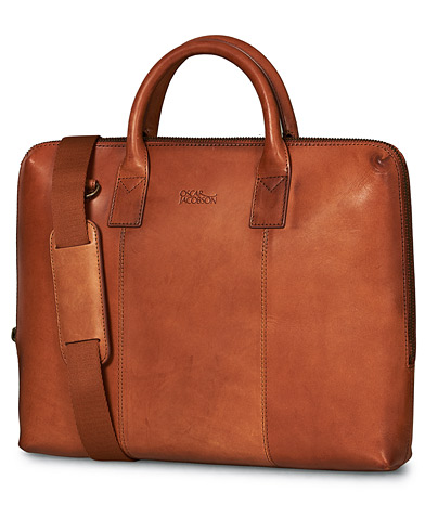 Oscar Jacobson Briefcase 13'' Laptop Tan i gruppen Assesoarer / Vesker / Dokumentvesker hos Care of Carl (10997910)