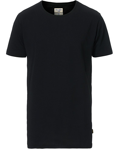 Tiger of Sweden Jeans Corey Solid Tee Black i gruppen Klær / T-Shirts / Kortermede t-shirts hos Care of Carl (12429911r)