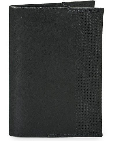 Tärnsjö Garveri TG1873 Passport Cover Black  i gruppen Assesoarer / Lommebøker hos Care of Carl (12666310)