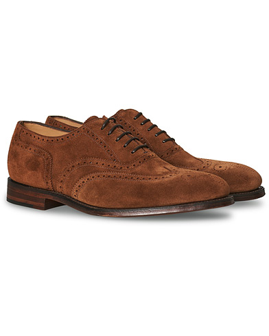 Loake 1880 Buckingham Brogue Polo Suede i gruppen Sko / Brogues hos Care of Carl (13494411r)