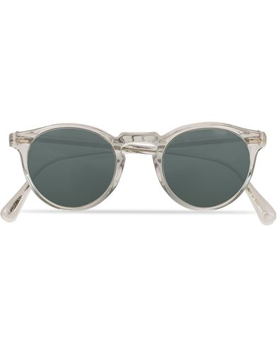 Oliver Peoples Gregory Peck Sunglasses Crystal/Indigo Photochromic  i gruppen Assesoarer / Solbriller / Runde solbriller hos Care of Carl (13787210)