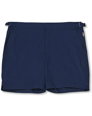 Orlebar Brown Bulldog Sport Swimshorts Navy i gruppen Klær / Badeshorts hos Care of Carl (14516411r)