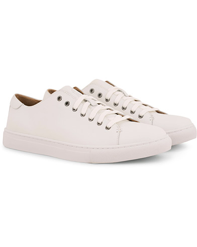 Polo Ralph Lauren Jermain Calf Sneaker White i gruppen Sko / Sneakers / Sneakers med lavt skaft hos Care of Carl (14554511r)