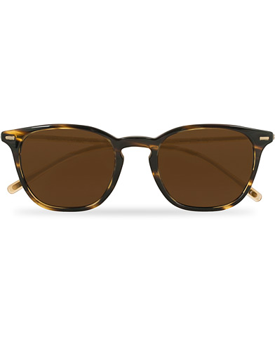 Oliver Peoples Heaton Sunglasses Cocobolo/Brown  i gruppen Assesoarer / Solbriller / Buede solbriller hos Care of Carl (14848810)