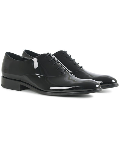 Loake Lifestyle Patent Black i gruppen Sko / Lakksko hos Care of Carl (14951511r)