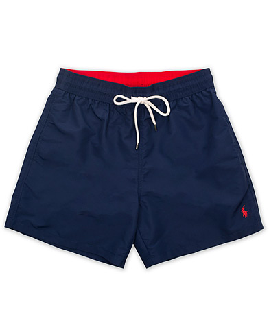 Polo Ralph Lauren Traveler Boxer Swimshorts Newport Navy i gruppen Klær / Badeshorts hos Care of Carl (14953511r)