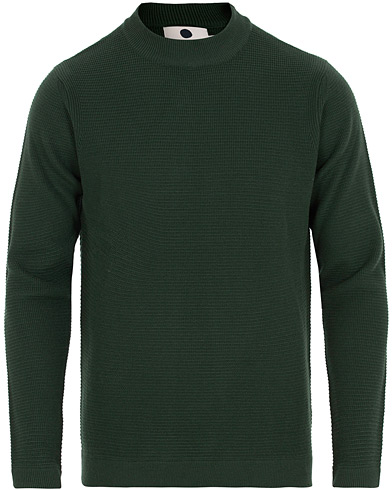 NN07 Duncan Mock Neck Pullover Bottle Green i gruppen Klær / Gensere / Strikkede gensere hos Care of Carl (14994711r)