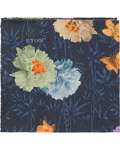 Eton Virgin Wool Printed Flower Pocket Square Navy  i gruppen Assesoarer / Lommetørklær hos Care of Carl (15012710)