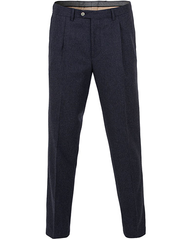 Oscar Jacobson Delon Pleated Flannel Trousers Navy i gruppen Klær / Bukser / Flanellbukser hos Care of Carl (15070011r)