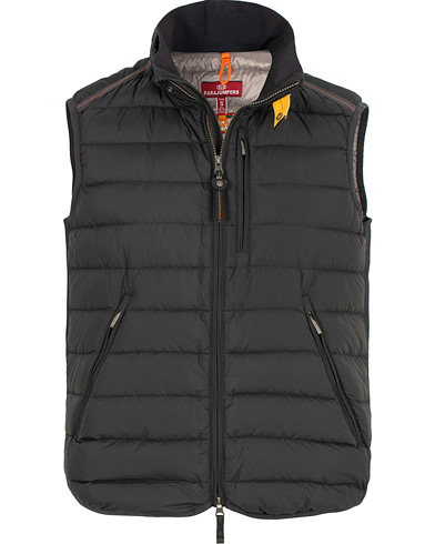 Parajumpers Perfect Lightweight Vest Black i gruppen Klær / Vester hos Care of Carl (15142011r)