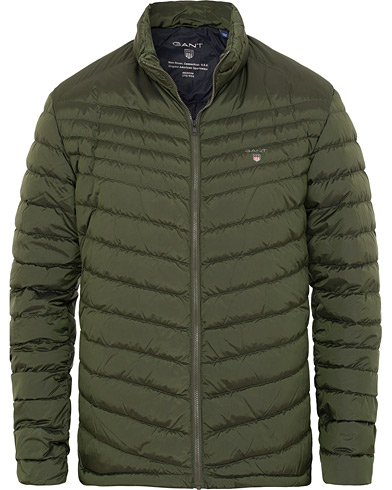 GANT The Airlight Down Jacket Moss Green i gruppen Klær / Jakker / Dunjakker hos Care of Carl (15203111r)