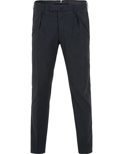Incotex Slim Fit Cashmere Touch Pleated Trousers Dark Blue i gruppen Klær / Bukser / Dressbukser hos Care of Carl (15249011r)