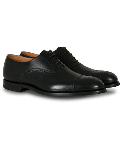 Crockett & Jones Hatton Brogue City Sole Black Calf i gruppen Sko / Brogues hos Care of Carl (15348511r)