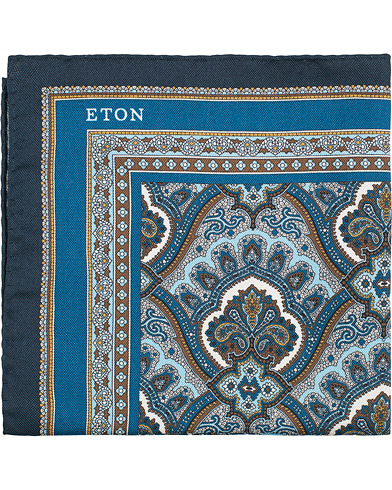 Eton Silk Paisley Print Pocket Square Blue  i gruppen Assesoarer / Lommetørklær hos Care of Carl (15458610)