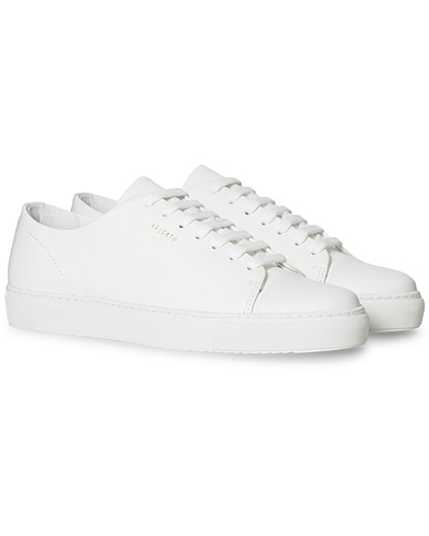 Axel Arigato Cap Toe Sneaker White Leather i gruppen Sko / Sneakers / Sneakers med lavt skaft hos Care of Carl (15460511r)