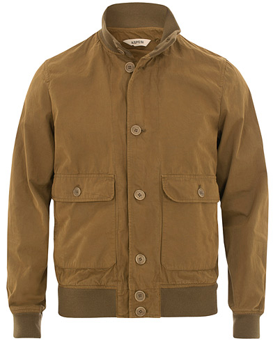 Aspesi Astor Cotton Jacket Khaki i gruppen Klær / Jakker / Bomberjakker hos Care of Carl (15584511r)