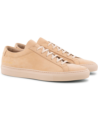 Common Projects Original Achilles Sneaker Light Pink Nubuck i gruppen Sko / Sneakers / Sneakers med lavt skaft hos Care of Carl (15654511r)