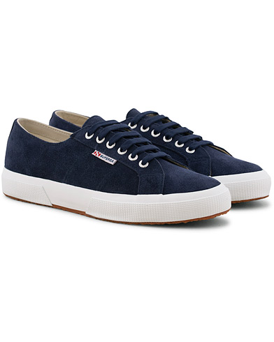 Superga Suede Sneaker Blue Deep Sea i gruppen Sko / Sneakers / Sneakers med lavt skaft hos Care of Carl (15747711r)