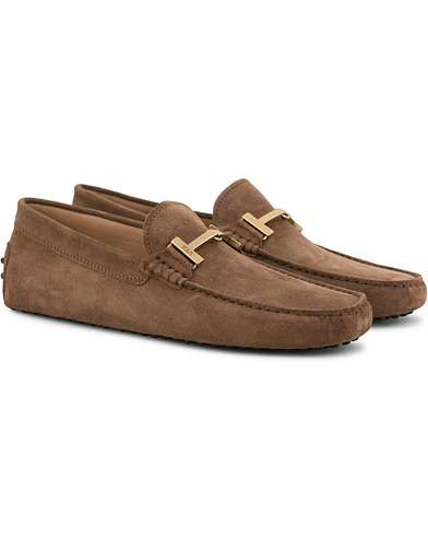 Tod's Gommino Double T Carshoe Brown Suede i gruppen Sko / Bilsko hos Care of Carl (15765711r)