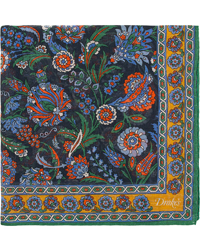 Drake's Cotton/Modal Vintage Floral Pocket Square Navy  i gruppen Assesoarer / Lommetørklær hos Care of Carl (15774310)