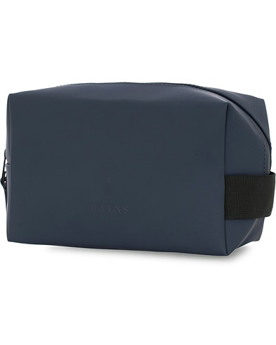 Rains Washbag Small Blue  i gruppen Assesoarer / Vesker / Toalettmapper hos Care of Carl (15811610)