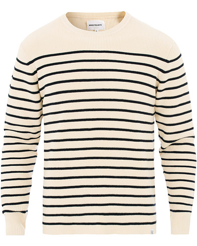 Norse Projects Verner Normandy Cotton Stripe Pullover Ecru i gruppen Klær / Gensere / Strikkede gensere hos Care of Carl (15817011r)