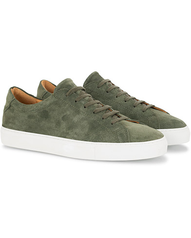 A Day's March Marching Sneaker Olive Suede i gruppen Sko / Sneakers hos Care of Carl (16010111r)