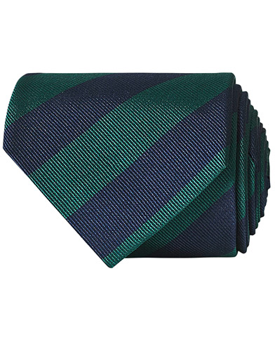 Amanda Christensen Regemental Stripe Classic Tie 8 cm Green/Navy  i gruppen Assesoarer / Slips hos Care of Carl (16022910)