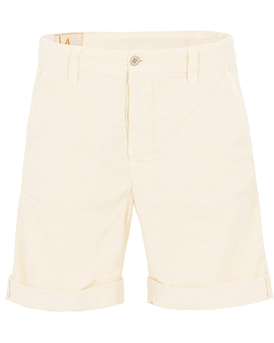 Nudie Jeans Luke Baby Cord Shorts Dusty White