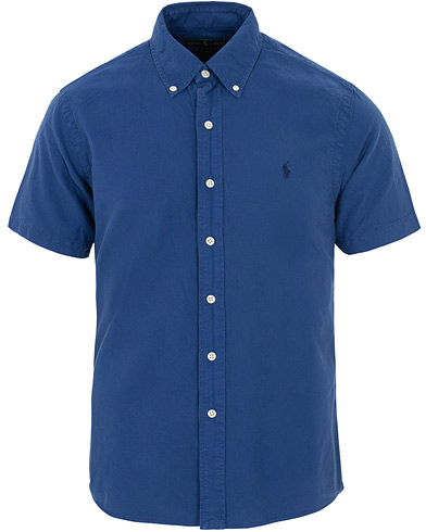 Polo Ralph Lauren Slim Fit Garment Dyed Oxford Short Sleeve Blue i gruppen Klær / Skjorter / Casual hos Care of Carl (16066111r)