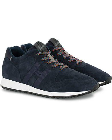 Hogan Classic Running Sneaker Navy Suede i gruppen Sko / Sneakers hos Care of Carl (16313011r)