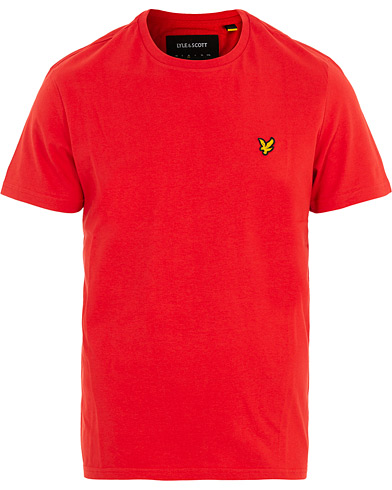 Lyle & Scott Crew Neck Tee Red i gruppen Klær / T-Shirts / Kortermede t-shirts hos Care of Carl (16545811r)