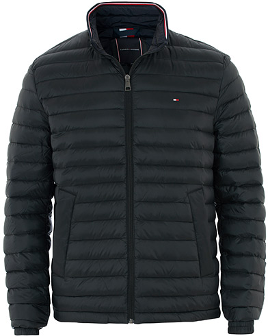 Tommy Hilfiger Packable Lightweight Down Jacket Jet Black i gruppen Klær / Jakker / Dunjakker hos Care of Carl (16607411r)