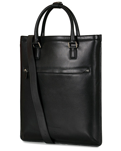 Tiger of Sweden Behrens Smooth Leather Tote Bag Black  i gruppen Assesoarer / Vesker hos Care of Carl (16639110)