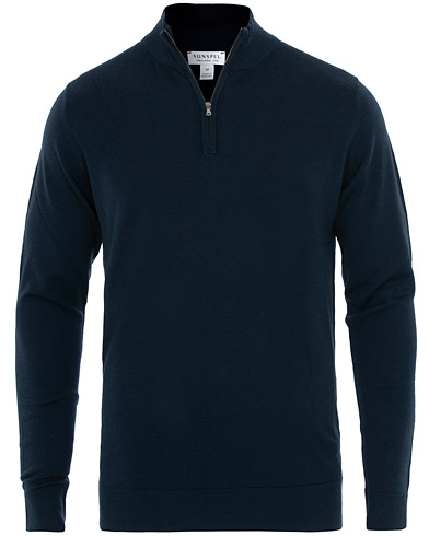Sunspel Long Sleeve Merino Half Zip Light Navy i gruppen Klær / Gensere / Zip-gensere hos Care of Carl (16657011r)
