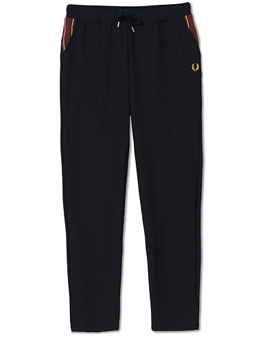 Fred Perry Taped Track Pants Black i gruppen Klær / Bukser / Joggebukser hos Care of Carl (16999411r)