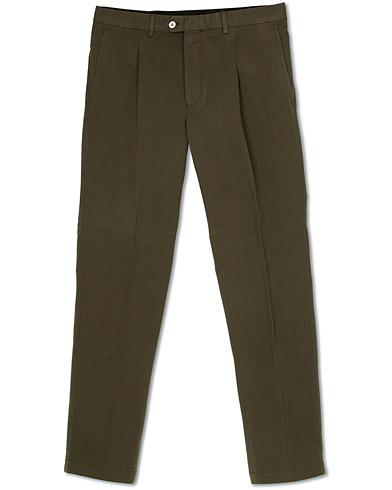 Oscar Jacobson Delon Pleated Cotton Chinos Green
