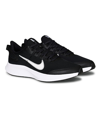Nike Run All Day 2 Sneaker Black i gruppen Sko / Sneakers / Running sneakers hos Care of Carl (19230911r)