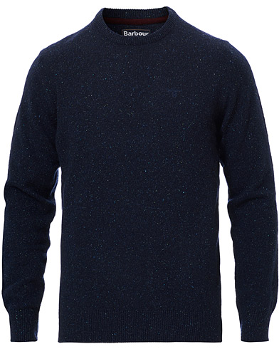 Barbour Lifestyle Tisbury Wool Crew Neck Navy i gruppen Klær / Gensere / Strikkede gensere hos Care of Carl (19533611r)