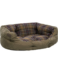 Barbour Heritage Quilted Dog Bed 30' Olive