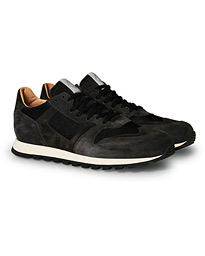 AT05 Running Sneakers Faded Black