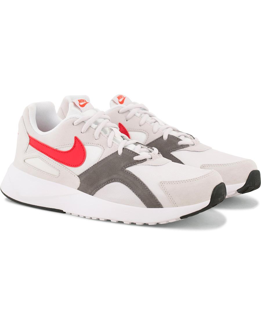 uk availability 4316f d36c7 Nike Pantheon Running Sneaker White