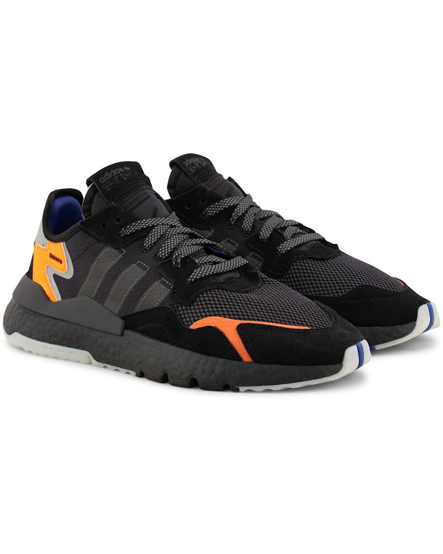 adidas Originals Nite Jogger Core Black hos CareOfCarl.no