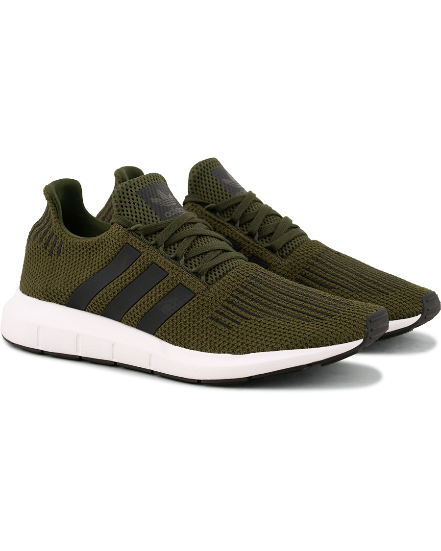 adidas Originals Swift Run Sneaker Night Cargo hos CareOfCarl.no