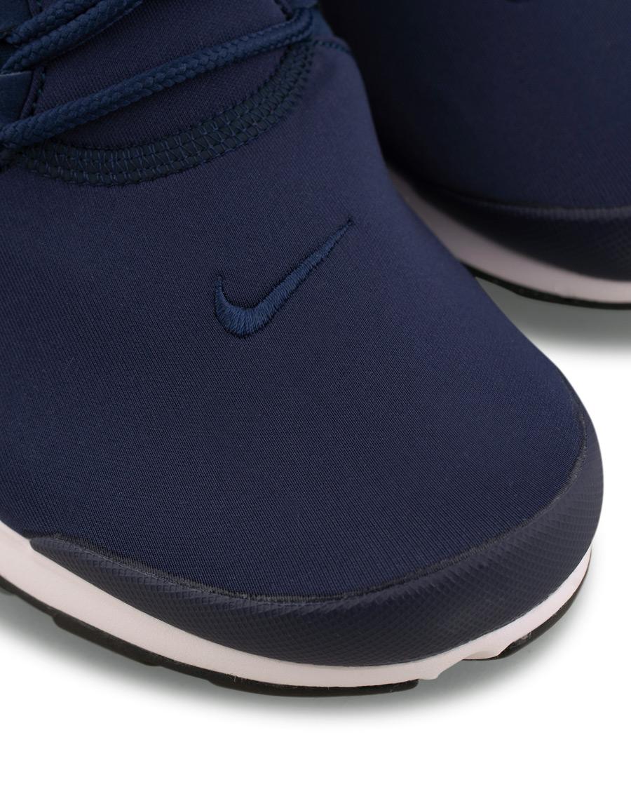 Nike Presto Fly Sneaker Navy hos CareOfCarl.no